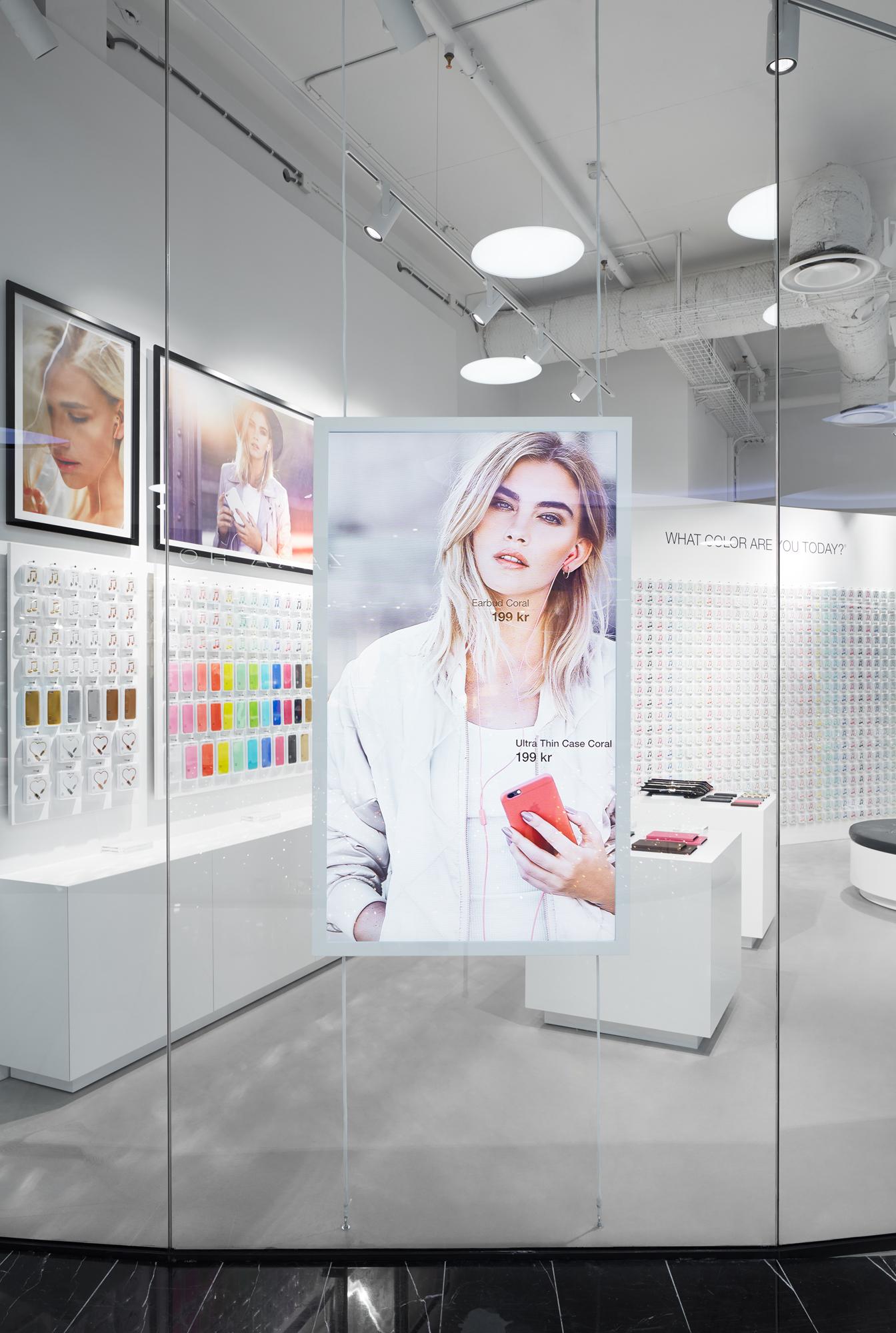 Happy Plugs, Mall of Scandinavia Linus Berglund; Code Concept